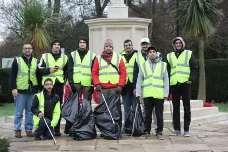 Winter charitable efforts by Tilford Muslim youth 2